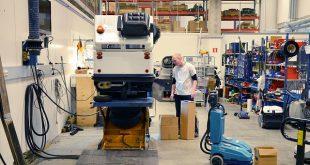 מכונות ניקוי תעשייתיות
